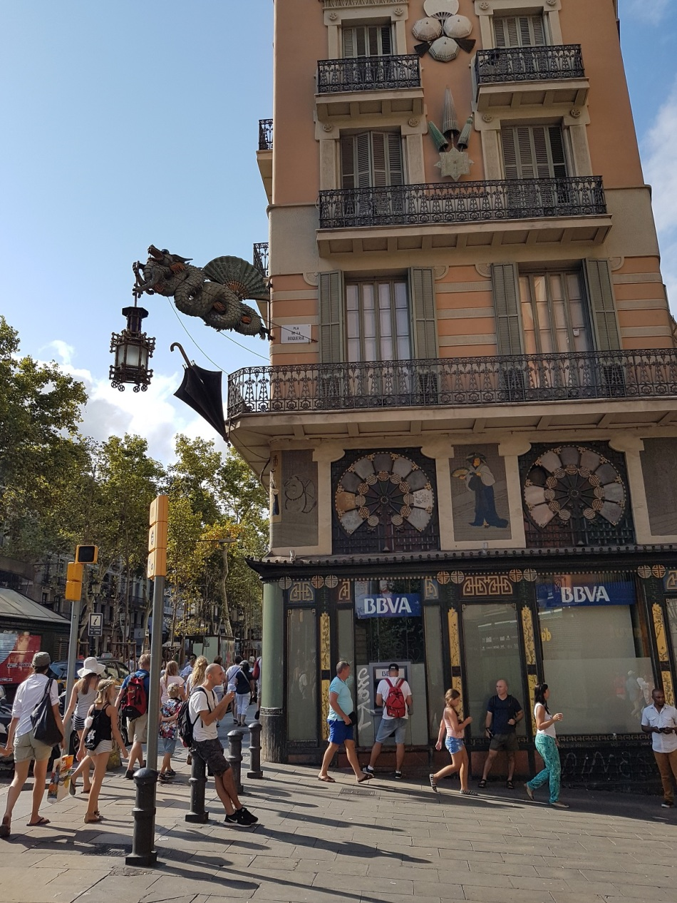 Banco Bank Barcelona BBVA Banco Bank Barcelona BBVA Casa dels Paraigües