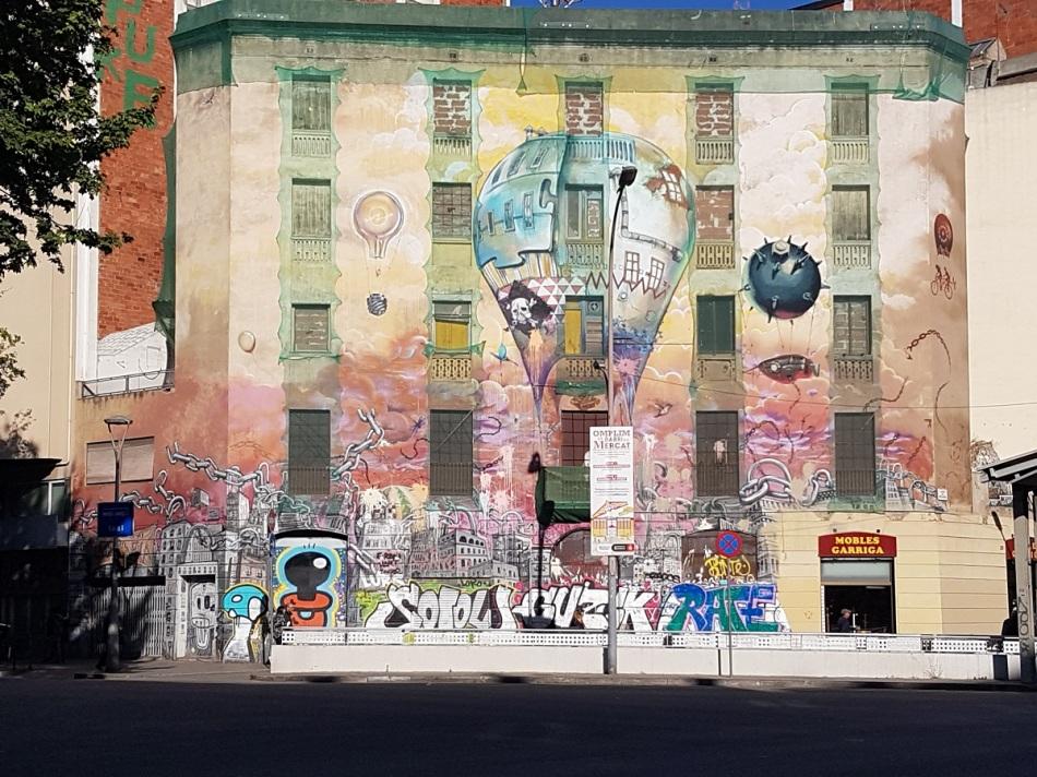 streetart eixample barcelona ayearinbarcelona