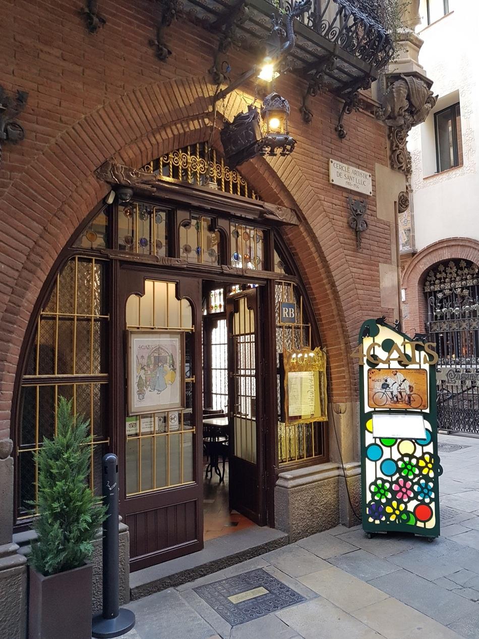 4Cats Barcelona BarriGótico tip barrio barcelona ayearinbarcelona