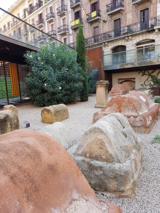 Romantombs barrigotic Barcelona ayearinbarcelona