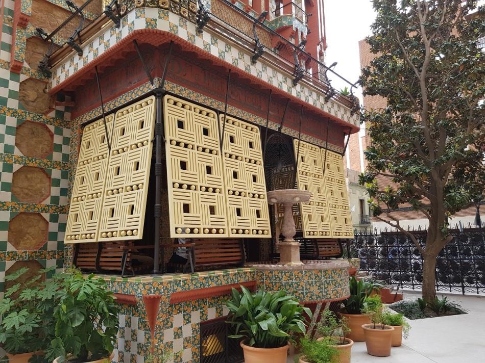 casavicens gaudi gracia modernism ayearinbarcelona