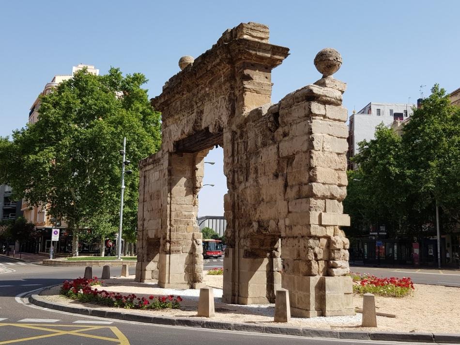 Puertadecarmen Zaragoza Aragon Ayearinbarcelona